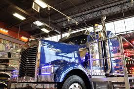 The Blue Ox, Kenworth W900L, Iowa 80 Truckstop | Super Truck Beauty ...