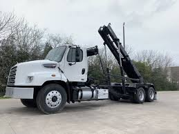 100 Roll Off Truck Used 2015 Freightliner 114SD In Brookshire TX