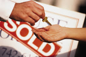 8 Top Home Selling Mistakes People Often Make