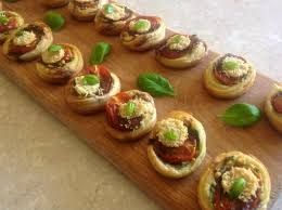 tomato pesto canapés baking fanatic