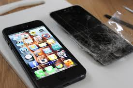 Cracked iPhone 5 LCD Screen Replacement
