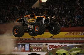 We Need More Solid Axle Monster Trucks! - RC Car Action Monster Truck Show Sotimes Involves The Crushing Smaller Monster Jam Orange County Tickets Na At Angel Stadium Of Anaheim Traxxas 110 Bigfoot Classic 2wd Rc Truck Brushed Rtr Reviews In Atlanta Ga Goldstar Show Dc Washington Crushstation Vs Bounty Hunter Jam 2017 Pittsburgh Youtube Tickets Go On Sale September 27th Kvia Intros Verizon Center 2015 Craniac Tq 4a Dc Charger Rcm