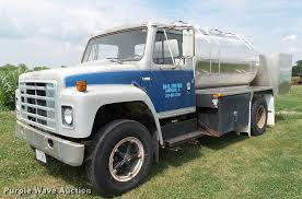 1979 International 1824 Chemical Tank Truck | Item DA1114 | ... Used Mercedesbenz 1834 Tanker Trucks Year 1994 Price 20627 For Hot Sale Ibennorth Benz 6x4 200l 380hp Water Tanker Truck For Nigeria Market 10mt Lpg Propane Cooking Gas Bobtail Central Salesseptic Trucks Sale Youtube Brand New Septic Tank In South Africa Optional Fuel Recently Delivered By Oilmens Tanks Buy Beiben Off Road 66 Bowser 20cbm China Heavy Duty Sinotruk Howo Dimeions Sze Capacity 20 Cbm Oil Daf Cf 75 310 6 X 2