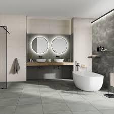 stilvolles badezimmer zum wohlfühlen l traumbad l große