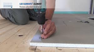 elements montage element panneau polyvalent sur plancher