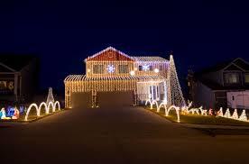 Bellevue Singing Christmas Tree by Best Omaha Area Neighborhoods To See Holiday Lights In 2015 Good