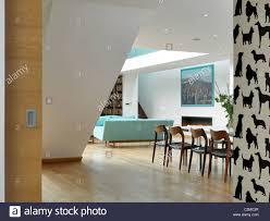 gartenhaus offene wohn esszimmer mit hund silhouette tapete