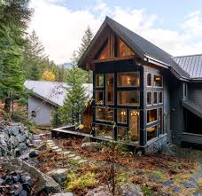 100 Whistler Tree House Residence ROBERT PASHUK ARCHITECTURE