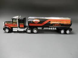 NYLINT HARLEY-DAVIDSON MOTOR OIL TANKER TRUCK 2006 Ford F150 Harley Davidson Supercab Pickup Truck Item Unveils Limited Edition 2012 Harleydavidson 2003 Supercharged Truck 127 Scale Harley F350 Super Duty Pickup 2000 Gaa Classic Cars Stock Photos Ma3217201 1999 2009 Crew Cab Diesel 44 One New 2010 Tough With Cool Attitude Edition Pics Steemit And Trailer Advertising Vehicle Wraps