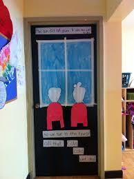 Dr Seuss Door Decorating Ideas by 95 Best Dr Seuss Door Decorations Images On Pinterest Door