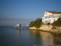 chambres d hotes en gironde rentals bed breakfasts talmont sur gironde la vieille