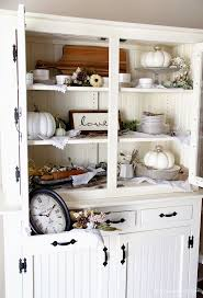 Baker Breakfront China Cabinet by Best 25 China Cabinet Decor Ideas On Pinterest Hutch Makeover