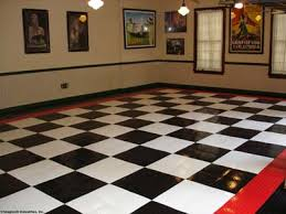 Racedeck Flooring Vs Epoxy by Garage Floor Tiles Store It Well
