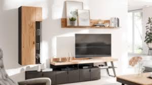 interliving wohnzimmer serie 2105 hängevitrine hwrv8 401kl anthrazitfarbener lack balkeneiche eine tür