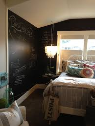 Paint One Wall Or All Of Them With Chalkboard Fun Idea For A Teenagers Bedroom I Would LOVE To Seras Room In