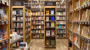 Amazon is opening its first bookstore today—in a mall where a