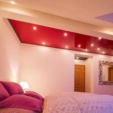 hochglanzdecke im schlafzimmer lackspanndecke plameco