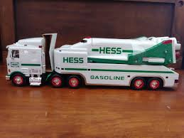 100 2005 Hess Truck NEW 1999 HESS TOY TRUCK AND SPACE SHUTTLE WITH SATELLITE TIQUETOCK