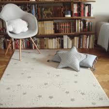 tapis de chambre bébé tapis chambre de bébé constellation gris
