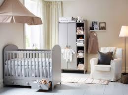 chambres b b ikea décor unisexe pour la chambre du bébé 16 idées décors white