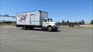 100 24 Box Truck Lot 0102 1999 International 4700 DT66E With Lift