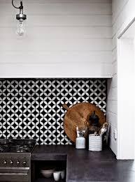 carrelage cuisine noir et blanc crédence cuisine en 47 photos idées conseils inspirations