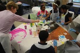 mural arts program hosts first community paint day al día news