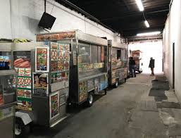 100 Food Trucks In Nyc Cities 101 Where Do NYC Carts Go To Sleep At Night