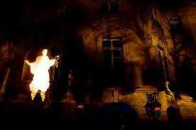 Halloween Flying Ghost Projector by Halloween Flying Ghost Projector