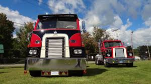 CLASSIC International Trucks! - YouTube