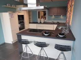 a große häcker küche mit halbinsel hem küchen küche