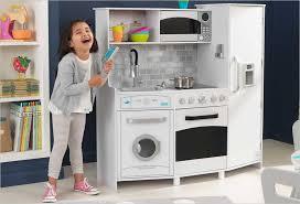 cuisine bois enfant kidkraft cuisine blanche enfant en bois kidkraft 53369 avec et lumière