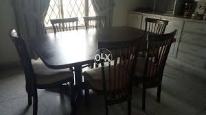 Show Only Image Round Dining Tables For Sale