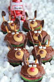28 Adorable Cupcakes To Bake For Christmas - Recipes For Christmas ... 20 Cute Baby Shower Cakes For Girls And Boys Easy Recipes Welcome Home Cupcakes Design Instahomedesignus Ice Cream Sunday Cannaboe Cfectionery Wedding Birthday Christening A Sweet 31 Cool Pumpkin Carving Ideas You Should Try This Fall Beautiful Interior Best 25 Fishing Cupcakes Ideas On Pinterest Fish The Cupcake Around Huffpost Gluten Free Gem Learn 10 Ways To Decorate With Wilton Decorating Tip