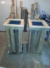 2013 08 20 Lounge Bench And Two Large Planter Boxes Made Of Recycled Pallet Wood In Garden Furniture With Pallets