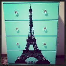 Theme Eiffel Tower Bedroom Decor