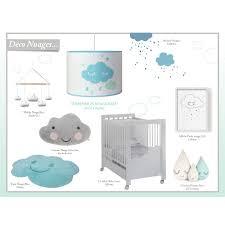 chambre bébé nuage suspension lumineuse nuage bleu chambre bebe par et loupiote