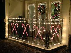 Fun Decoration Ideas For An Amazing Christmas Balcony