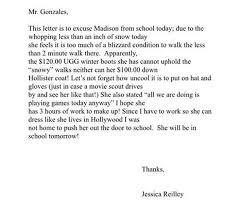 Mom gently shames daughter in excuse letter to school