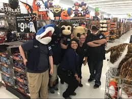 Halloween Express Maplewood Mall by Find Out What Is New At Your Davenport Walmart Supercenter 5811
