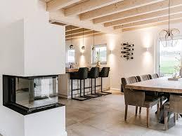 essbereich mit kamin in 2020 küche einrichten offene