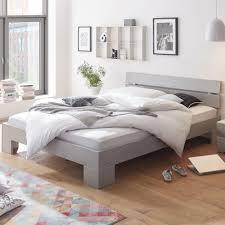 bed kaufen palettenbett zu verkaufen genial paletten bett