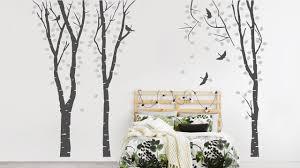 bäume an der wand dekoration mit wandtattoos dekoration de
