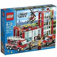 100 Lego Fire Truck Games City 60004 Station Toys Bricks Figurines On