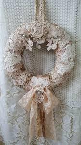 Shabby Chic Wedding Decor Pinterest by Best 25 Shabby Chic Wreath Ideas On Pinterest Shabby Chic