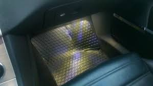 vwvortex led bulb in footwell light gives pattern