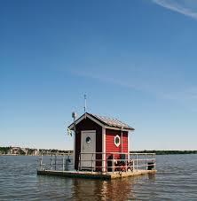 100 Lake Boat House Designs Utter Inn Floating House On The Lake