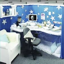 128 best decorated cubicles images on pinterest decorate cubicle