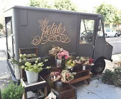 10 Stunning Examples Of Flower Truck Business Wheels