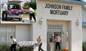 8 bo s found inside abandoned funeral home in fort worth 60